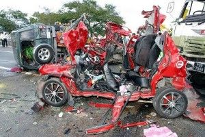 Eight killed in five-vehicle crash near toll plaza